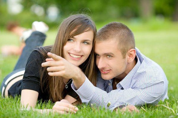 Estremamente Le coppie felici ingrassano di più: perchè? Lo rivela uno studio MQ22