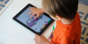 bambini-e-tablet-e1382267649588