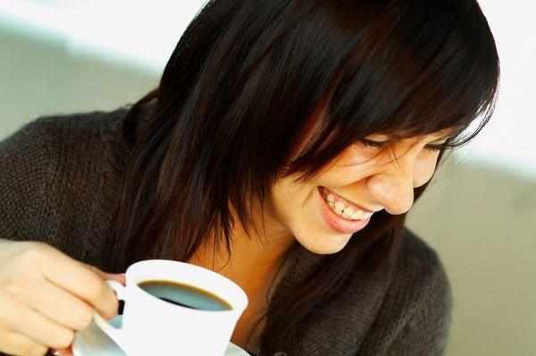 caffè-denti-bianchi