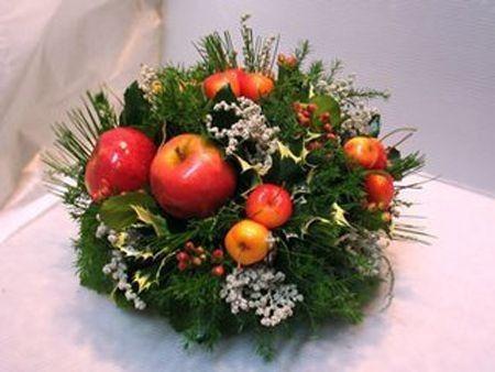 Natale 2014 come creare un centrotavola fai da te - Centro tavola natalizio con pigne ...