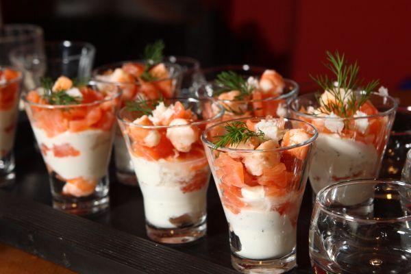 Antipasti natale biccherini di salmone e crema di formaggio for Ricette veloci pesce
