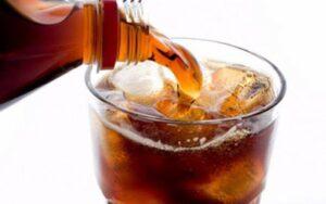 lo-zucchero-delle-bibite-gassate-fa-male-al-cervello--Bibita_gassata_zucchero_cervello_proteina_salute-800x500_c