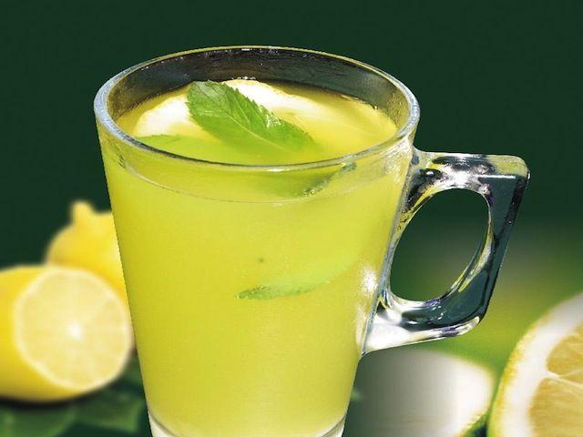 bevanda dimagrante limone e bicarbonato