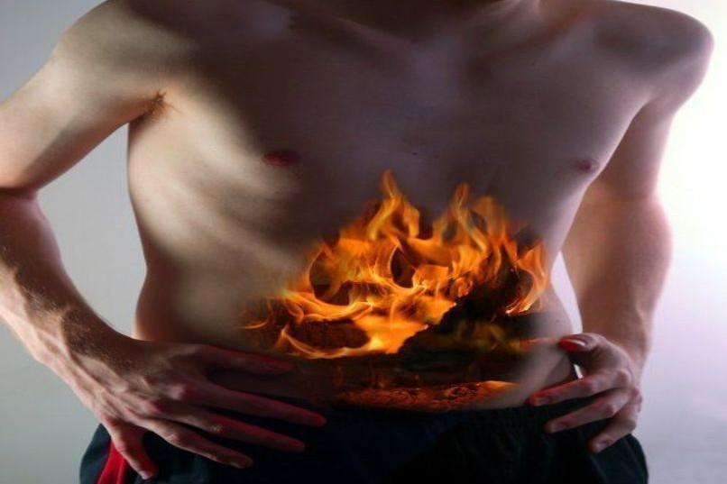 Bruciore di stomaco? Ecco alcuni trattamenti naturali per combatterlo efficacemente