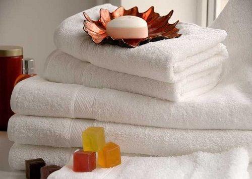 Asciugamani più morbidi e velocemente asciutti grazie a questi rimedi naturali
