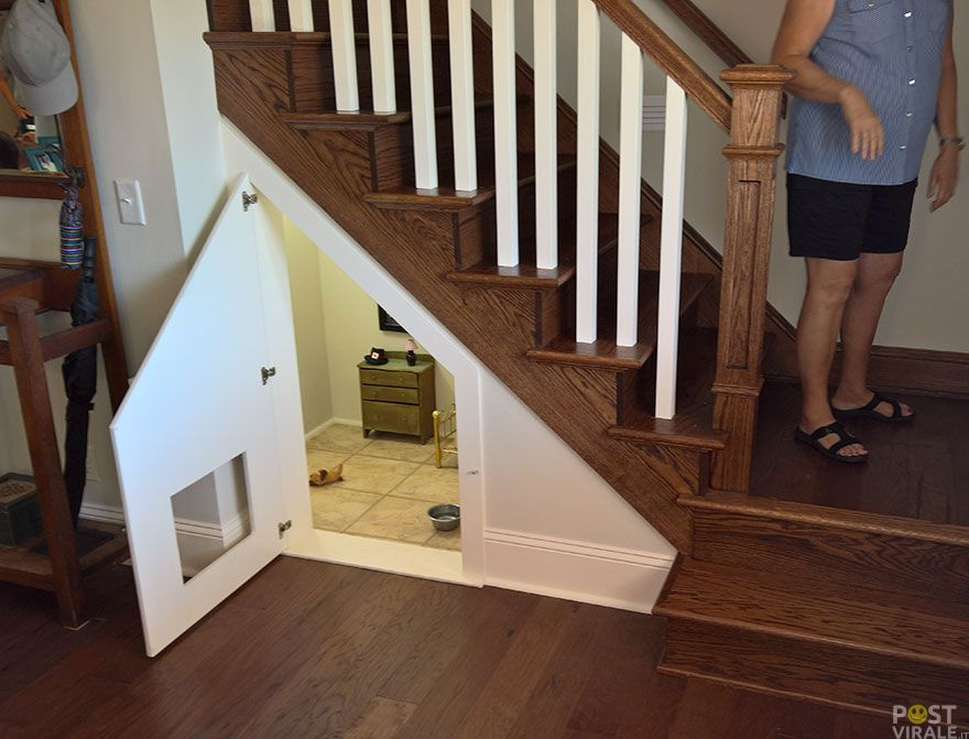 Nel sottoscala realizza una meravigliosa casetta per il suo cane ...