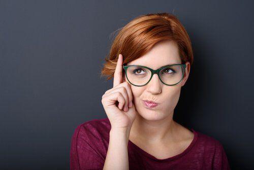 Secondo uno studio le persone intelligenti devono stare da sole