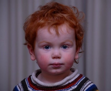 """""""Perchè le persone non amano i mie capelli rossi, mamma?"""" La risposta della madre ha un immediato successo sui social"""