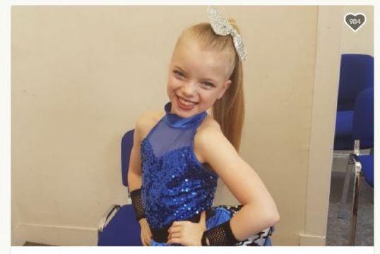 A soli 9 anni ha un grave tumore, ma non si arrende e la baby ballerina si qualifica ai campionati