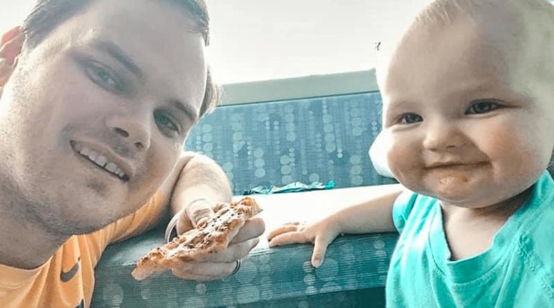 L'insegnante non ha più giorni di malattia per stare con la figlia di 16 mesi in lotta contro il cancro, ma i suoi colleghi fanno qualcosa di speciale…