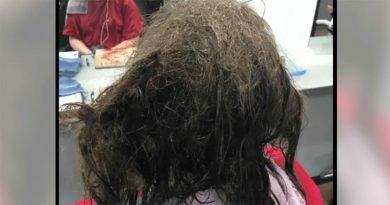 La parrucchiera si ritrova davanti una ragazza con dei capelli terrificanti, non a caso chiese di rasarli – Ma la donna le farà una grande sorpresa – Guarda il risultato – FOTO