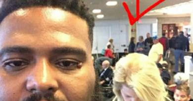 Una donna fa un commento razzista all'uomo di colore all'aeroporto, la risposta è eccellente