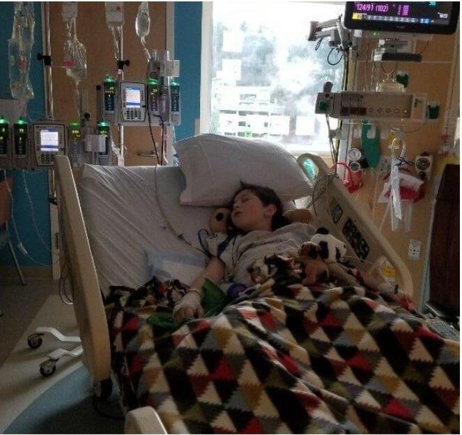 Bambino subisce una grave ferita e muore 8 giorni dopo – I medici si rendono conto di aver fatto un grosso errore